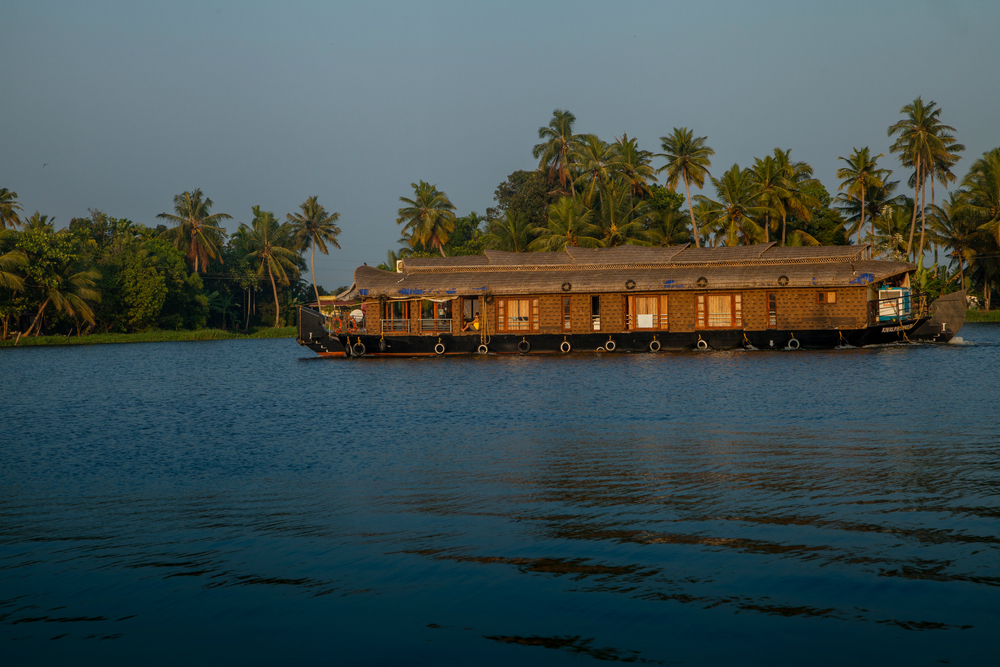 book kochi to alleppey cabs online at 2809 | kochi alleppey cab